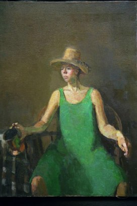 woman_in_green_big